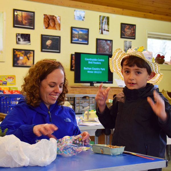 Making an Easter bonnet at Buchan Country Park | fobcp.org.uk